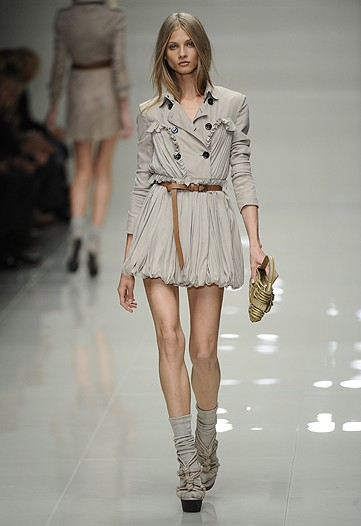 My favorite look. The ruffles, trench and belt.